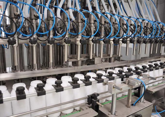 El PLC controla la línea de la máquina de rellenar del detergente para ropa con alta eficacia de producción